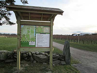Newport Vineyards Trailhead